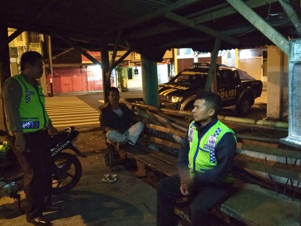 Polsek Junrejo Polres Batu Patroli Dialogis Dengan Petugas Keamanan Gardu PLN Junrejo