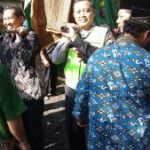Kapolsek Ngantang Polres Batu Lakukan Takziah ke Kepala Desa Jomblok Berikan Rasa Empetik