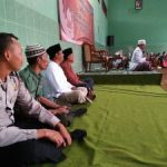 Anggota Bhabin Polsek Junrejo Polres Batu Bersama 3 Pilar Menghadiri Giat Pengajian Umum