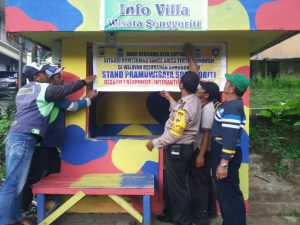 Stand Ojek Pramuwisata Songgoriti Reaktif Mitra Bhabinkamtibmas Polsek Batu Polres Batu Dalam rangka menjalin kemitraan