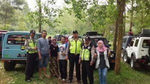 Anggota Polsek Bumiaji Polres Batu Melaksanakan Patroli Wisata Alam