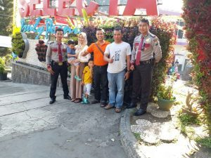 Para Anggota Pam Obvit Satsabhara Polres Batu Tingkatkan Patroli Wisata