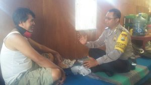 Anggota Polsek Batu Polres Batu Ajak Warga Desa Binaan Perangi Narkoba