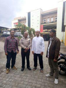Anggota Polsek Pujon Polres Batu Giat Sambang Tokoh Masyarakat Untuk Menjalin Sinergitas