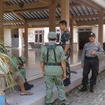 Anggota Bhabinkamtibmas Desa Kaumrejo Polsek Ngantang Polres Batu Memberikan Sosialisasi Binluh Pada Anggota Linmas