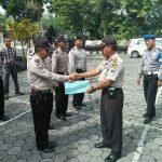 Kapolsek Junrejo Polres Batu Memberikan Reward Kepada KSPK Atas Ungkap Kasus Curat yang berhasil digagalkan oleh anggota