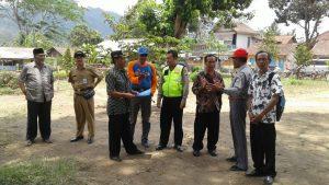 Bhabinkamtibmas Polsek Ngantang Polres Batu Amankan giat Kunjungan Perwakilan Kementrian Desa RI Tinjau Waduk Selorejo