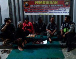 Kanit Binmas Polsek Batu Kota Polres Batu Pembinaan Siskamtibmas Swakarsa Desa Binaan