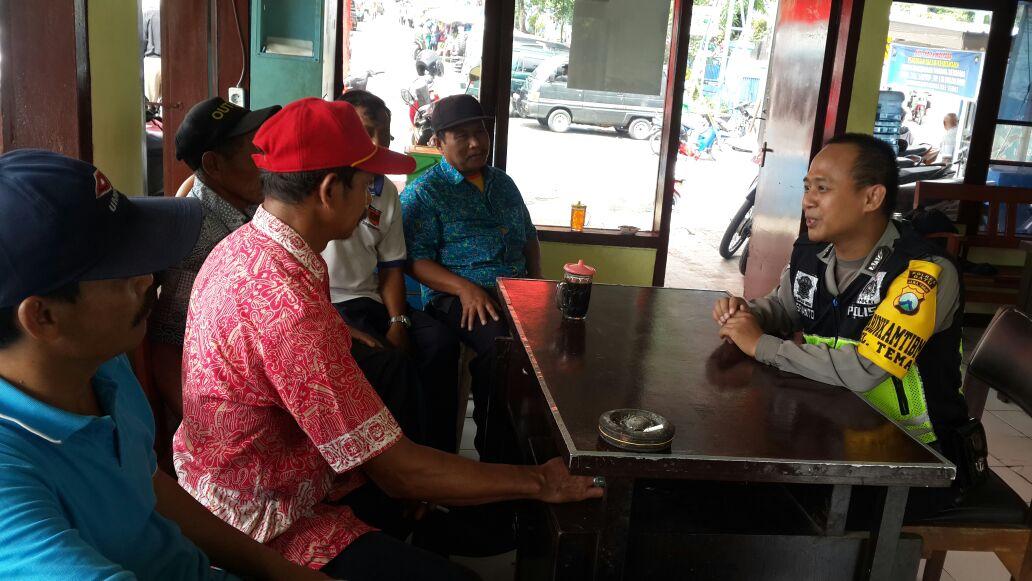 Bhabinkamtibmas Temas Polsek Batu Polres Batu Kunjungan Kemitraan Kelompok Pam Swakarsa