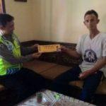 Anggota Bhabinkamtibmas Kelurahan Temas Polsek Batu Polres Batu Brigadir Anton Giatkan DDS kepada warga binaan