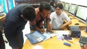 Satlantas Polres Batu Layani Pemohon SIM Dengan Ramah Guna Tingkatkan Pelayanan Prima