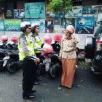 Srikandi Satlantas Polres Batu Lakukan Giat Public Address Guna Sampaikan Patuh Lalin