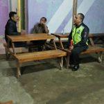 Anggota Polsek Ngantang Polres Batu Jagongan Ringan Bersama Masyarakat Binaan Sosialisasikan Situasi Keamanan Wilayah