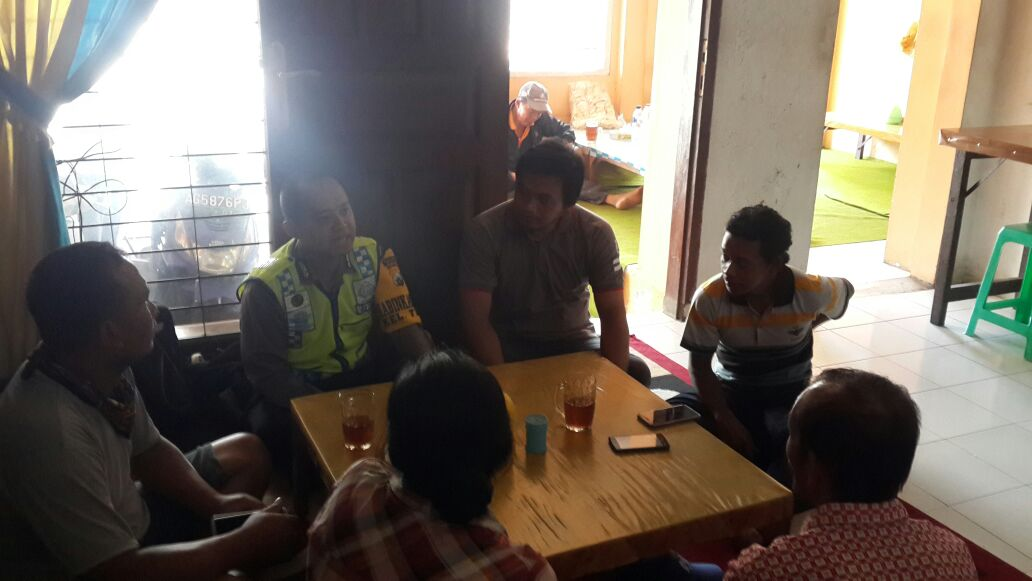 Giat Dialogis, Anggota Polsek Batu Polres Batu Sambang Tatap Muka Bersama Warga Desa Binaan