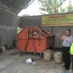 Bhabinkamtibmas Polsek Batu Polres Batu Lakukan Pengecekan Tempat Pembuangan Sampah