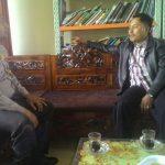 Menjalin Sinergitas, Anggota Bhabinkamtibmas Polsek Batu Polres Batu Patroli Dialogis Dengan Perangkat Desa Binaanya