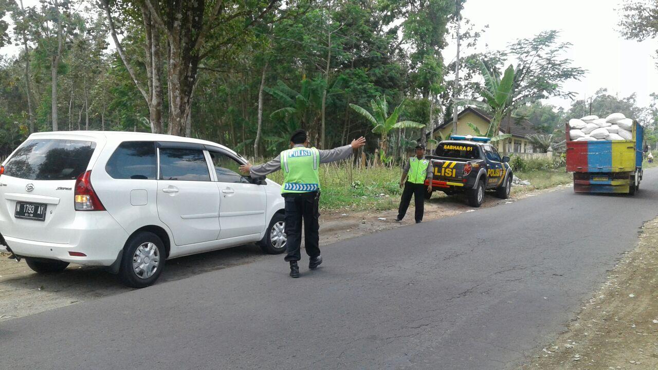Polsek Ngantang Polres Batu Giat Operasi Cipta Kondisi Tekan Terrorisme di Wilayahnya