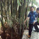 laksanakan kegiatan Sambang,Anggota Polsek Batu Kota Polres Batu Cek Proyek Pembangunan Tanggul Penahan Air
