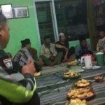 Giat Polres Batu Anggota Bhabinkamtibmas Polres Batu Memberikan Penyuluhan Kamtibmas Bersama Warga Di Desa Binaanya