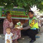 Jum'at Berkah, Bhabin Kelurahan Temas Polsek Batu Kota Polres Batu Peduli Wong Cilik Dan Warga Kurang Mampu