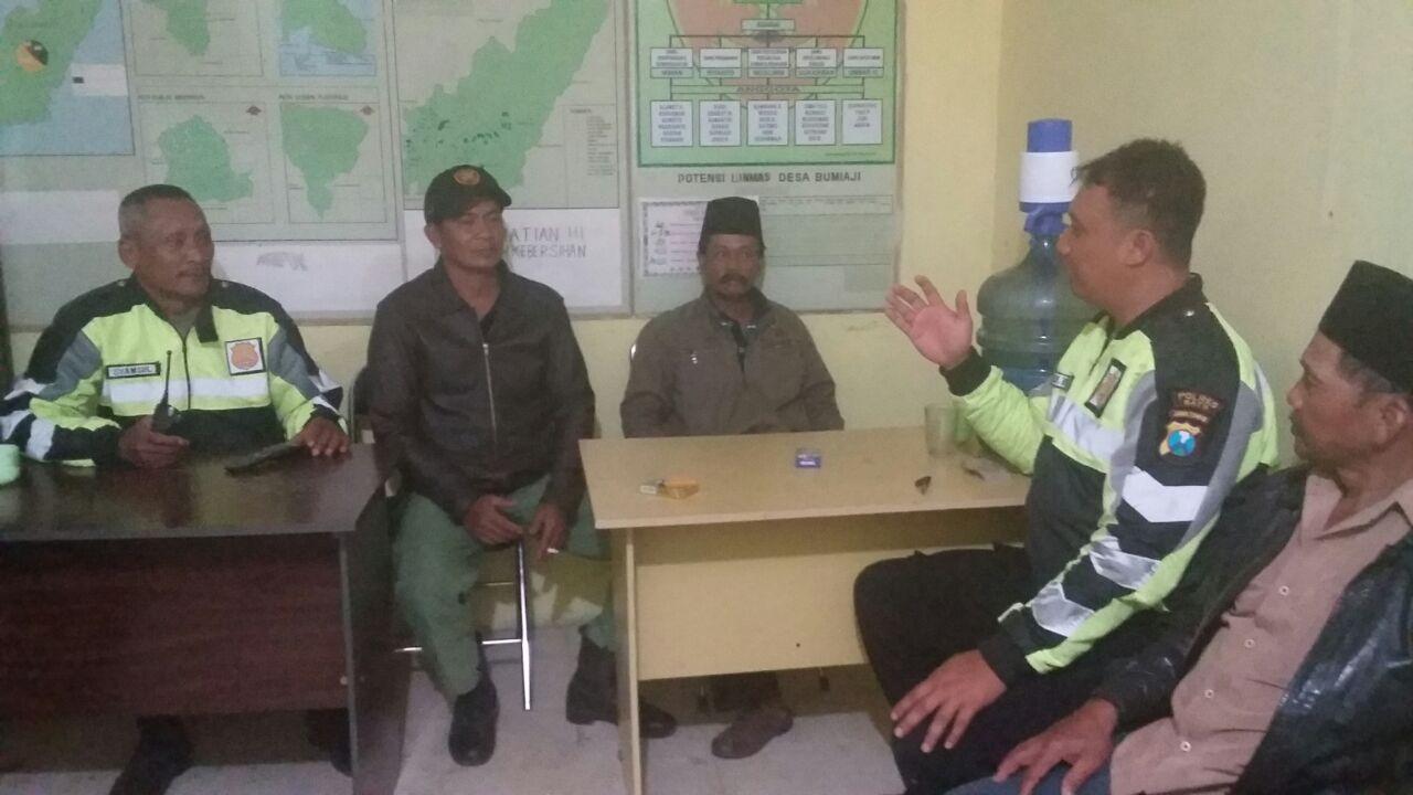 Patroli Malam Hari Antisipasi 3C Dilakukan Oleh Unit Patroli Polsek Bumiaji Polres Batu