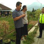 Pengawasan Oleh Binmas Polsek Batu Kota Polres Batu Terkait Meninjau Proyek Plengsengan