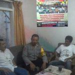 Untuk Menjalin Kedekatan Dengan Warga Binaan, Anggota Bhabinkamtibmas Polsek Batu Kota Polres Batu Sambang Ke Rumah Mitra Bhabin