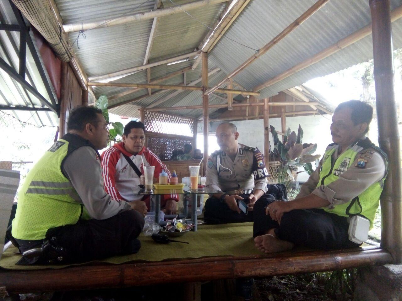 Cangkruan Kamtibmas Patroli Polsek Bumiaji Polres Batu Dalam Mendukung Operasi Zebra 2017