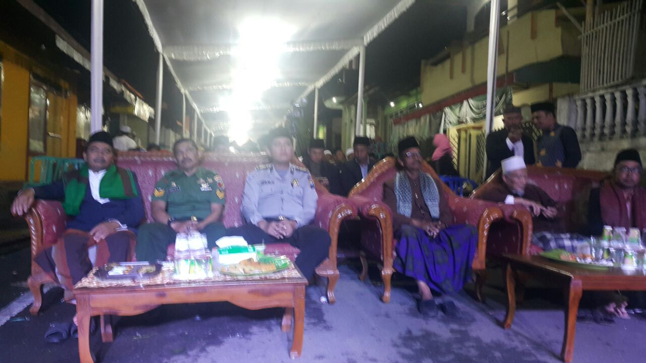 Anggota Bhabin Polsek Junrejo Polres Batu Patroli Silaturrahmi Menghadiri Kegiatan Pengajian Akbar