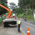 Jaga dan Bangun Rasa Harkamtibmas di Wilayahnya, Polsek Ngantang Polres Batu Pengamanan Pengecoran