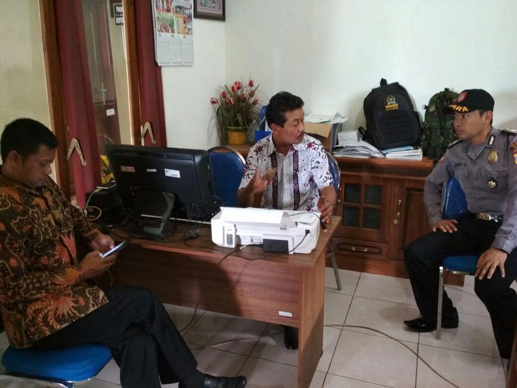 Sambang Desa, Anggota Bhabin Polsek Junrejo Polres Batu Giatkan Patroli Tatap Muka Menjaga Kerukunan Masyarakat