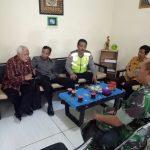 Operasi Peduli Anak Sekolah Bhabin Polsek Pujon bersama 3 Pilar  Serta Tomas