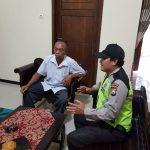 Anggota Bhabinkamtibmas Ds Jombok Polsek Ngantang Polres Batu Giatkan Sambang ke Desa Jombok