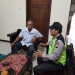 Bhabinkamtibmas Desa Jombok Polsek Ngantang Polres Batu Giatkan Sambang ke Desa Jombok