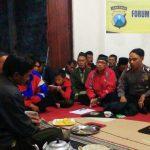 Anggota Binmas Polsek Batu Kota Polres Batu Bersama Para Toga Tomas