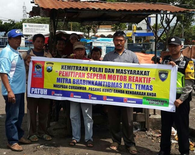 Kemitraan Polisi Bersama Masyarakat Dalam Penitipan Sepeda Motor Reaktif Binmas Polsek Batu Kota Polres Batu