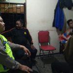 Anggota Bhabinkamtibmas Polsek Junrejo Polres Batu Melaksanakan Patroli Dialogis Antisipasi kejadian kriminalitas
