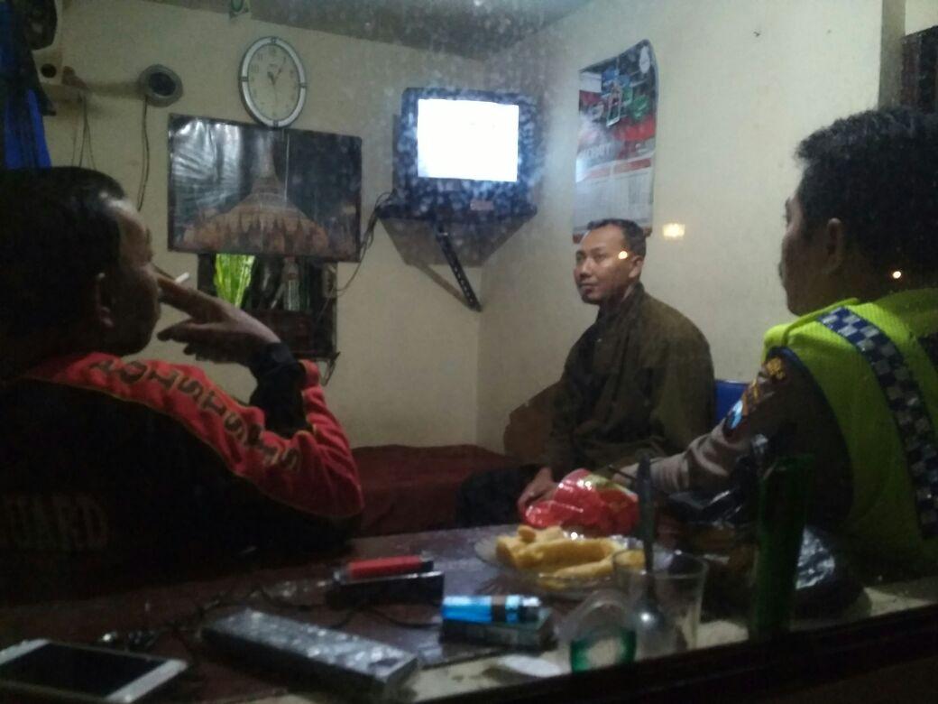 Anggota Polsek Junrejo Polres Batu Melaksanakan Patroli Dialogis