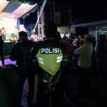 Anggota Polsek Pujon Polres Batu Melaksanakan Pengamanan Giat Masyarakat Hiburan Pentas Dangdut di desa binaan