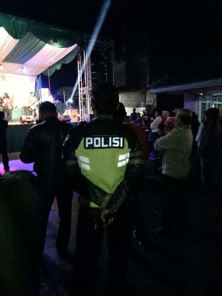 Polsek Pujon Polres Batu Melaksanakan Pengamanan Giat Masyarakat Hiburan Pentas Dangdut