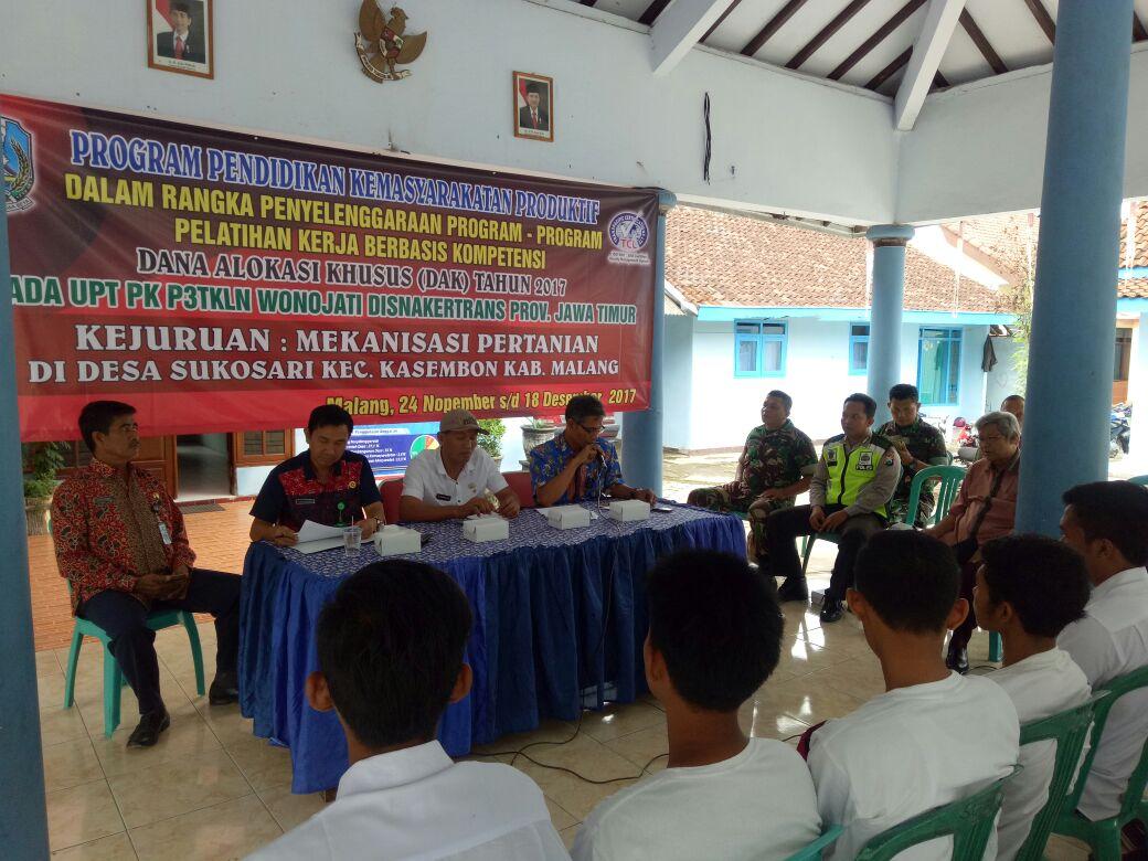 Binmas Polsek Kasembon Polres Batu menghadiri undangan pelatian kerja berbasis kopetensi.