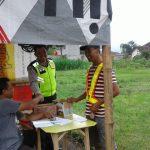 Anggota Polsek Ngantang Polres Batu Melaksanakan giat Patroli dialogis di lanjutkan Binluh ke Kontes Burung Kicau
