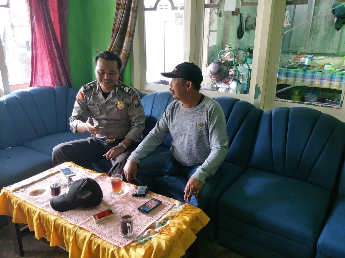 Giat Binluh Bhabinkamtibmas Desa Pandansari Polsek Ngantang Polres Batu Patroli Wilayah