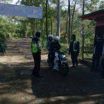 Anggota Polsek Pujon Polres Batu Lakukan Giat Patroli Wisata di Paralayang Tingkatkan Keamanan