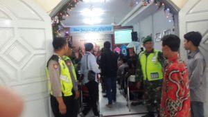 Anggota Bhabinkamtibmas Polsek Junrejo Polres Batu Pengamanan Perayaan Natal 2017