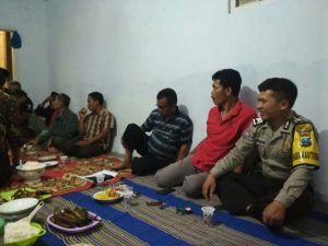 Bhabinkamtibmas Pendem Polsek Junrejo Polres Batu Hadiri Musyawarah Dusun