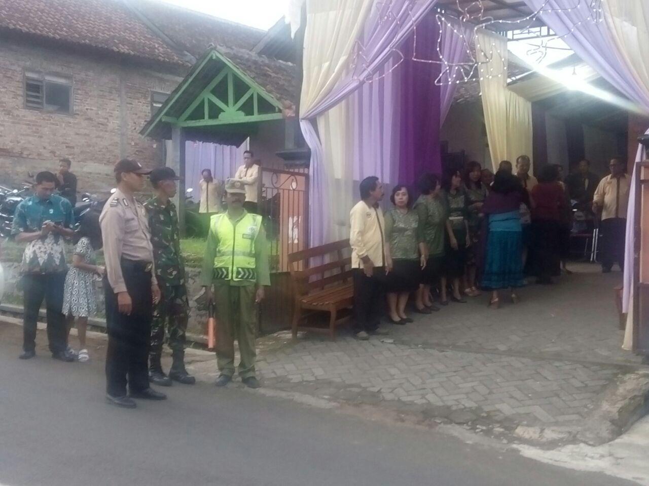 Polsek Junrejo Polres Batu Melaksanakan Giat Pengamanan Perayaan Tahun Baru 2018