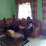 Agar Wilayah Tetap Kondusif, Kanit Binmas Polsek Batu Polres Batu Patroli Tatap Muka Sosialisasikan Call Center 110