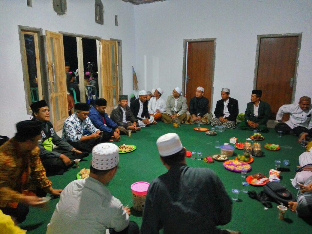 Anggota Bhabinkamtibmas Polsek Pujon Polres Batu Patroli dan Hadiri peresmian pondok pesantren Nurul Iman