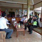 Anggota Bhabinkantibmas Polsek Pujon Polres Batu Turut Serta Ikuti Rakor di Balai Desa Bendosari
